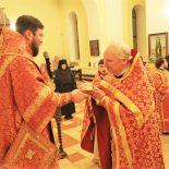 В день отдания праздника Пасхи епископ Серафим совершил ночную Божественную литургию в Никольском кафедральном соборе Бобруйска