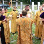 В день памяти первоверховных апостолов Петра и Павла епископ Серафим совершил Божественную литургию в Петро-Павловском храме деревни Бацевичи