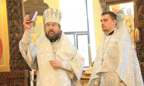 В Никольском кафедральном соборе состоялась иерейская хиротония