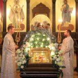 Епископ Серафим совершил Божественную литургию в Рождественский сочельник