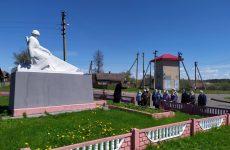 Состоялась лития у памятника воинам-освободителям деревни Бацевичи