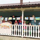День защиты детей. Выставка рисунков.